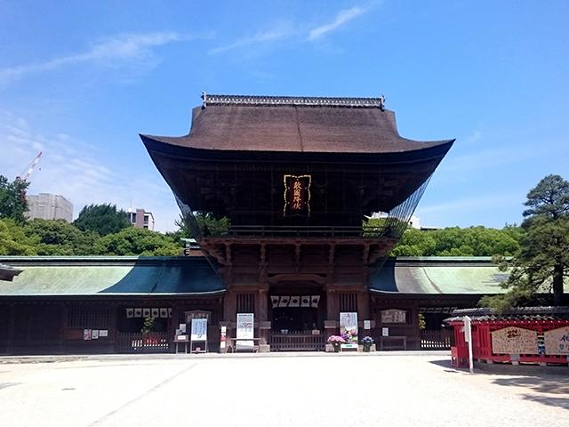 博多の筥崎八幡宮